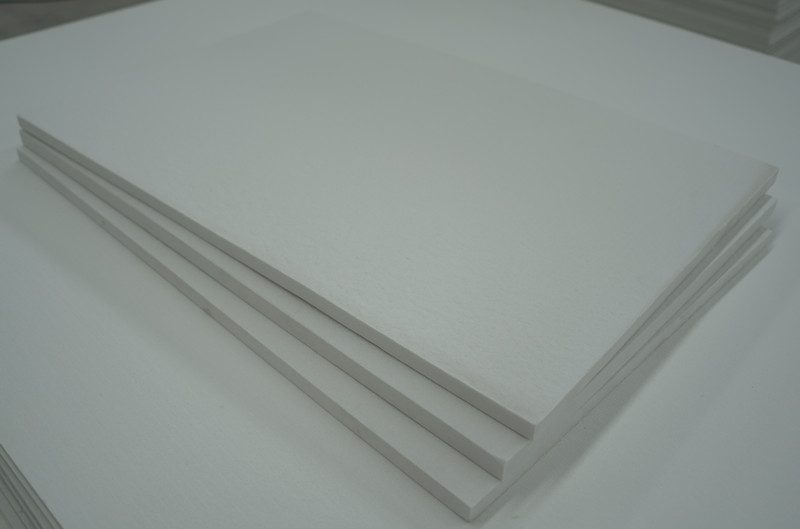 Ceramic fiber board with alumina foil
